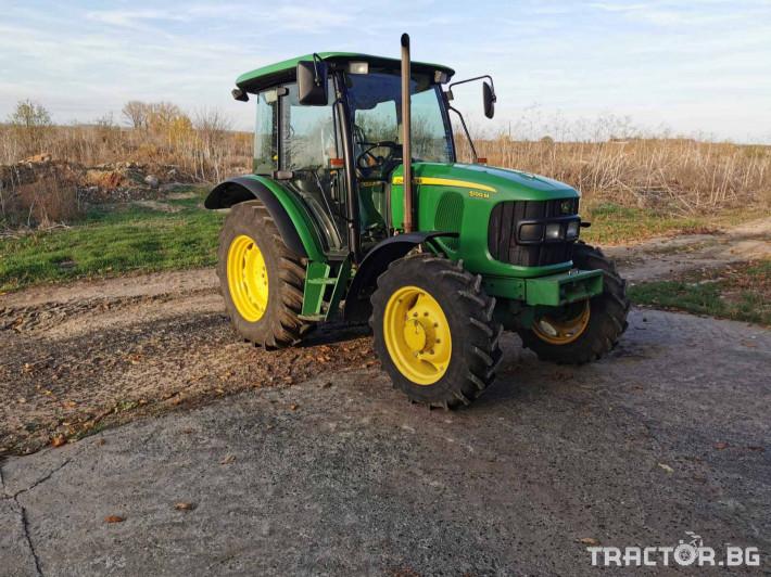 Трактори John-Deere 5100 1 - Трактор БГ